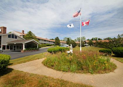 Seashore Park Inn Hotel - Orleans, MA
