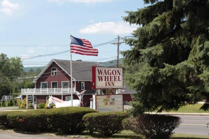 Wagon Wheel Motel - Lenox, MA
