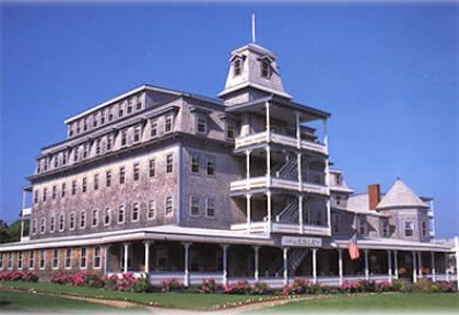 Wesley Hotel - Oak Bluffs, MA